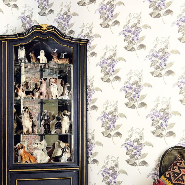 English Cole & Son Madras Violet Classic Botanical Style Wallpaper Sample For Sale - Image 3 of 5