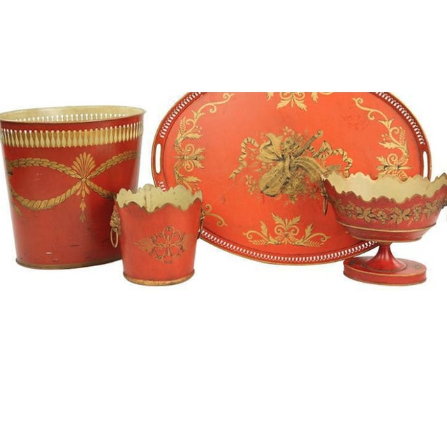 Handsome collection of english tole items including waist paper, large tray, two planters.