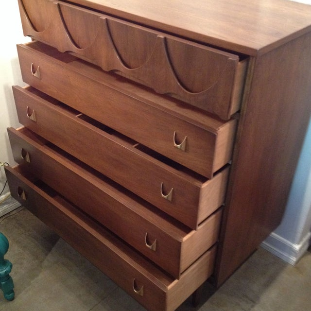 Mid-Century Modern Brasilia Broyhill Premier Tall Chest of Drawers For Sale - Image 3 of 8