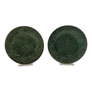 1930s Traditional Gien Green Majolica Plates - a Pair For Sale