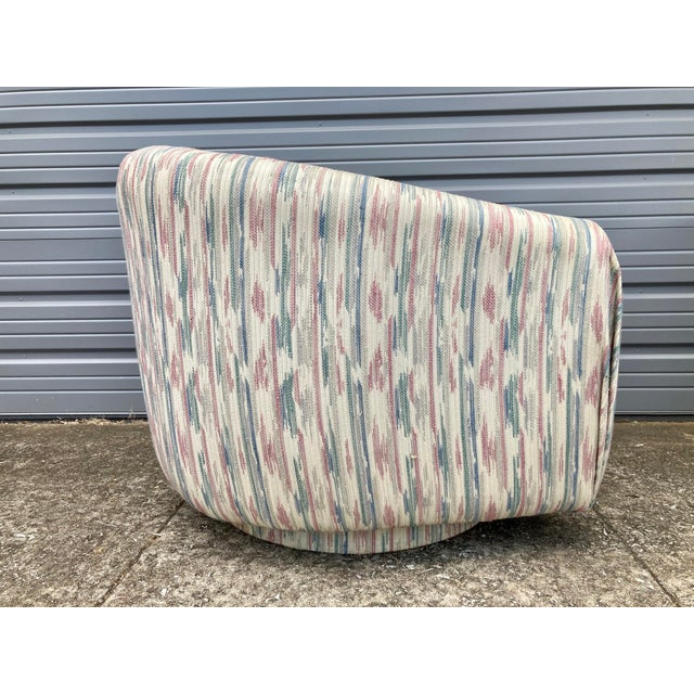 Textile 1980s Modern Milo Baughman Swivel Club Chairs - a Pair For Sale - Image 7 of 9