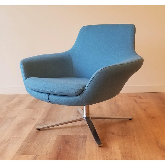 "Recently-Upholstered Coalesse ""Bob"" Swivel Lounge Chair by Steelcase For Sale - Image 11 of 11"