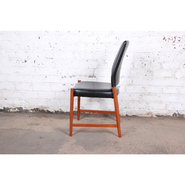 Torbjorn Afdal Teak and Black Leather Dining Chairs, Set of Four For Sale In South Bend - Image 6 of 11
