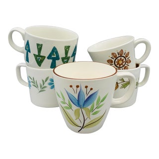 1960s Vintage Mismatched Mugs/ Vintage Coffee Cups - Set of 5 For Sale