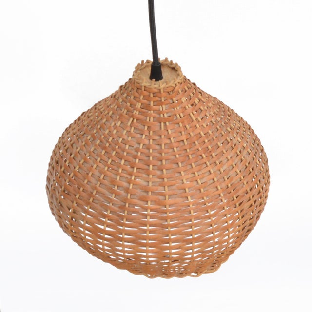 1960s Wicker Lampshade Ceiling Lamp, Denmark For Sale - Image 4 of 11