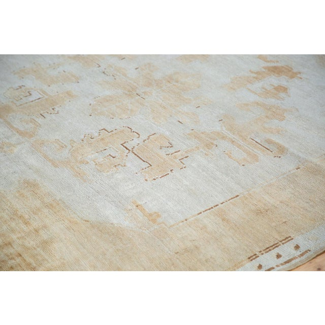 "Distressed Oushak Carpet - 5'10"" X 9'1"" For Sale - Image 10 of 10"