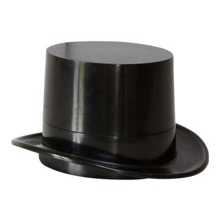 "Art Deco ""Top Hat"" Bakelite Box For Sale"