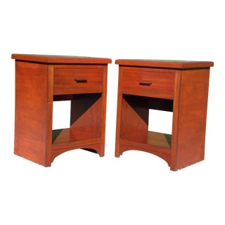 Vintage Pair Mahogany Nightstands End Tables Bedroom Stands For Sale