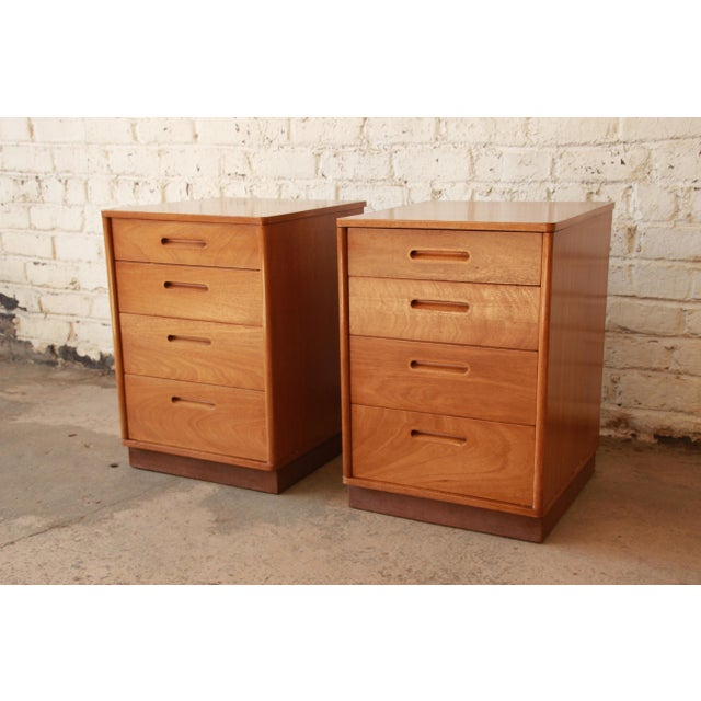 Contemporary Edward Wormley for Dunbar Mid-Century Nightstands - a Pair For Sale - Image 3 of 11