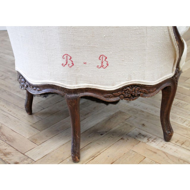 Wood Late 19th Century Carved Walnut Sofa With Antique French Grainsack Upholstery For Sale - Image 7 of 13