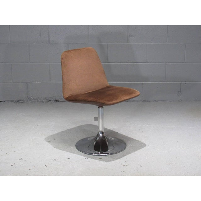 Chrome Tulip Table and Four Dining Chairs by Borje Johanson- Set of 4 For Sale In Boston - Image 6 of 9