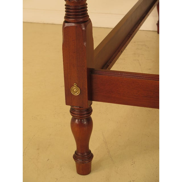 1990s Vintage Hickory Chair Co Queen Size Mahogany Plantation Bed For Sale In Philadelphia - Image 6 of 10