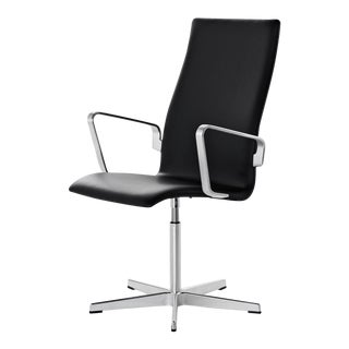 Arne Jacobsen for Fritz Hansen Oxford Classic Chair For Sale