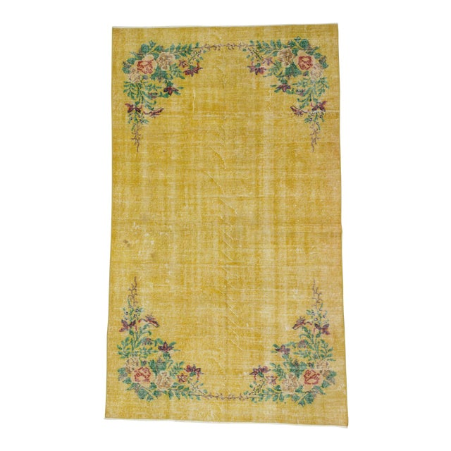 Vintage Floral Design Yellow Deco Rug - 4′10″ × 8′3″ For Sale