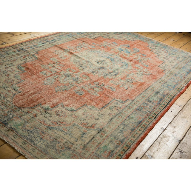 "Boho Chic Vintage Distressed Oushak Carpet - 5'11"" X 8'10"" For Sale - Image 3 of 13"