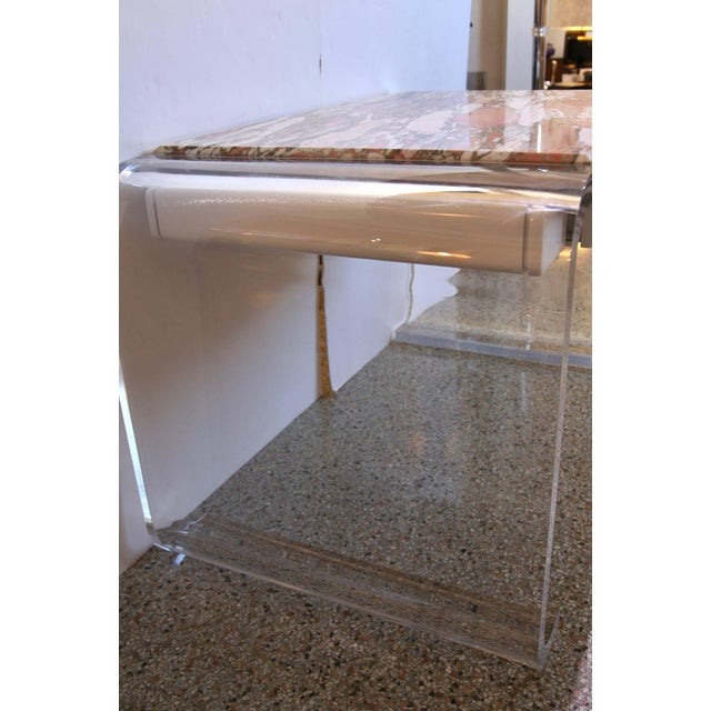 Vanity or Desk in Lucite and Marble by Lion in Frost For Sale In West Palm - Image 6 of 11
