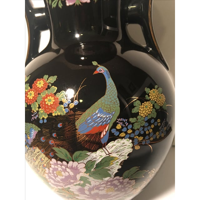 Black Chinoiserie Vase With Peacock Motif - Image 4 of 7