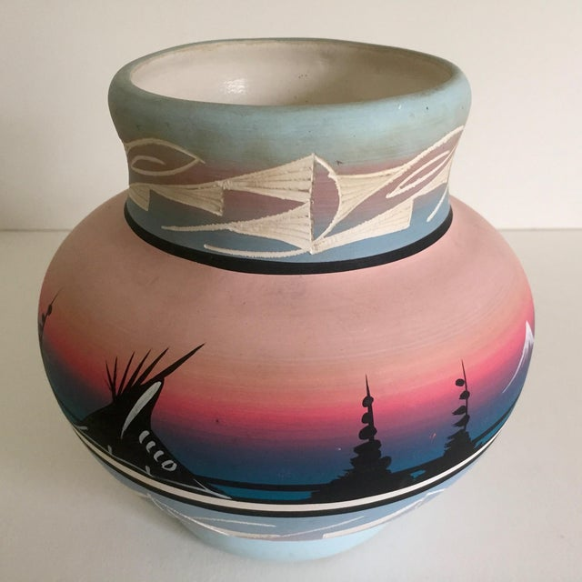 Blue Vintage Signed Navajo Native American Pink Mesa Sunset Hand Painted Pottery Vase For Sale - Image 8 of 11