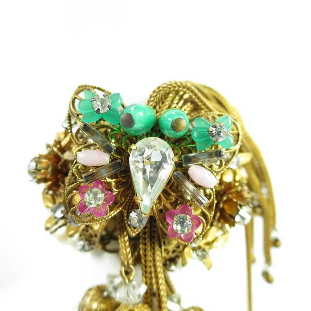 1950s 1950s Miriam Haskell Faux Pearl, Crystal, & Art Glass Cuff Bracelet For Sale - Image 5 of 13