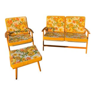 Vintage Mid-Century Aluminum and Wood Foldable Patio Furniture With Cushions - a Set of 3 For Sale