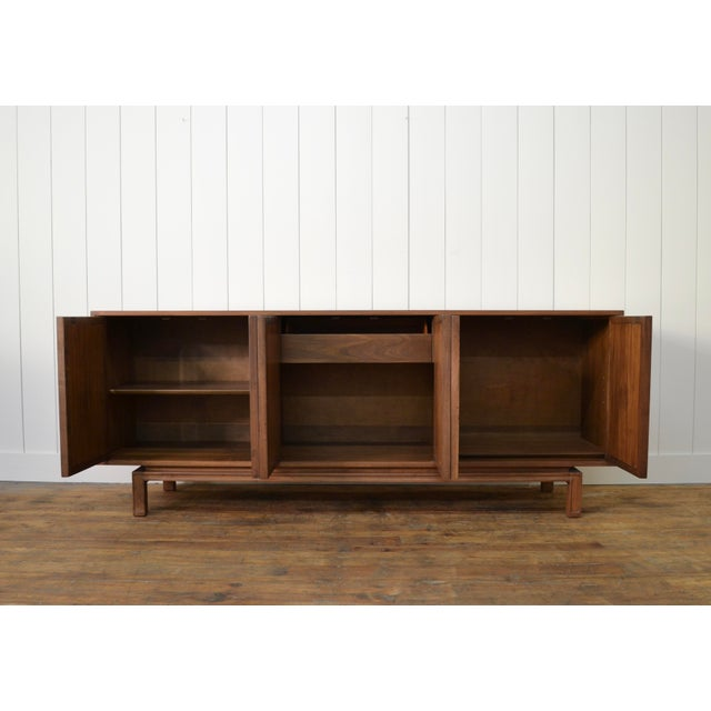 James Mont James Mont Style Mid Century Credenza With Burl Doors For Sale - Image 4 of 12