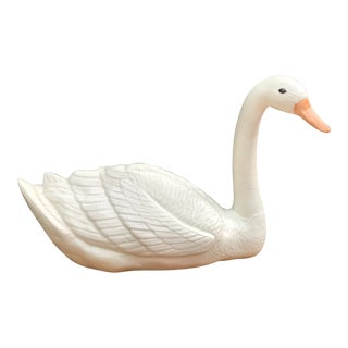 Vintage White Swan Figure For Sale