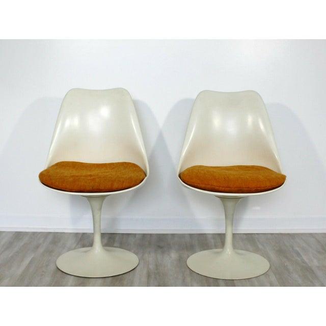 Mid-Century Modern Mid Century Modern Eero Saarinen for Knoll Set 5 Tulip Side Dining Chairs 1960s For Sale - Image 3 of 10