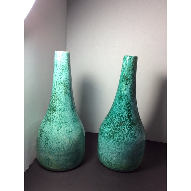 1940's Italian Baldelli Vases - a Pair For Sale In Cleveland - Image 6 of 6