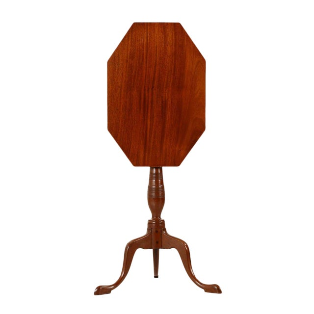 1805-15 American Federal Mahogany Tilting Candle Stand For Sale