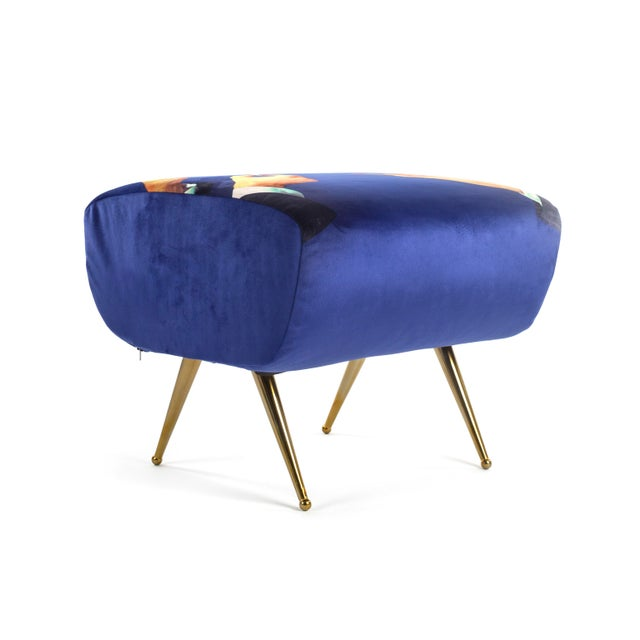 Polyester velour, metal legs Seletti has focused on contemporary design as cultural comment since its founding in 1964....