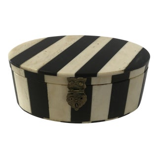 1980s Small Oval Striped Trinket Box of Bone Inlay For Sale