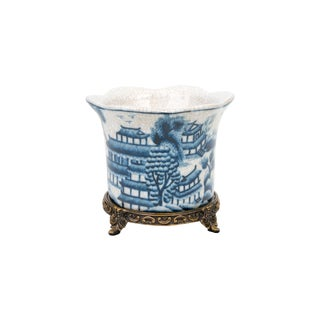 Blue and White Porcelain Blue Willow Orchid Pot For Sale