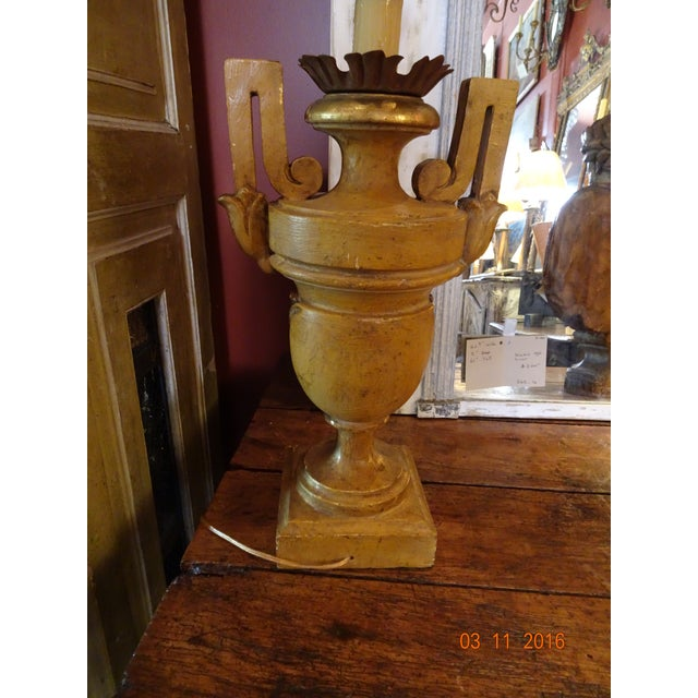Vintage Gilt Wood Italian Lamps, Pair For Sale - Image 4 of 10