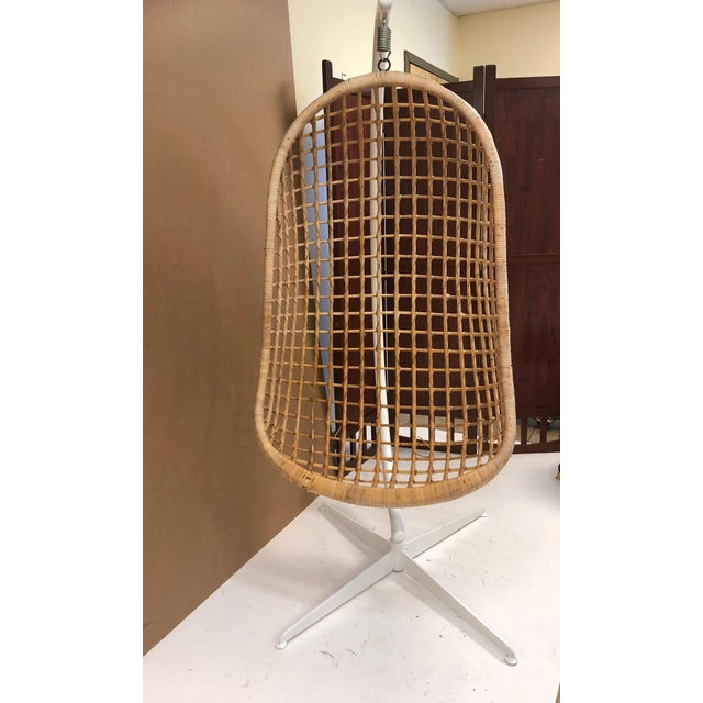 Mid-Century Modern 1960s Rattan Swing Chair For Sale - Image 3 of 10