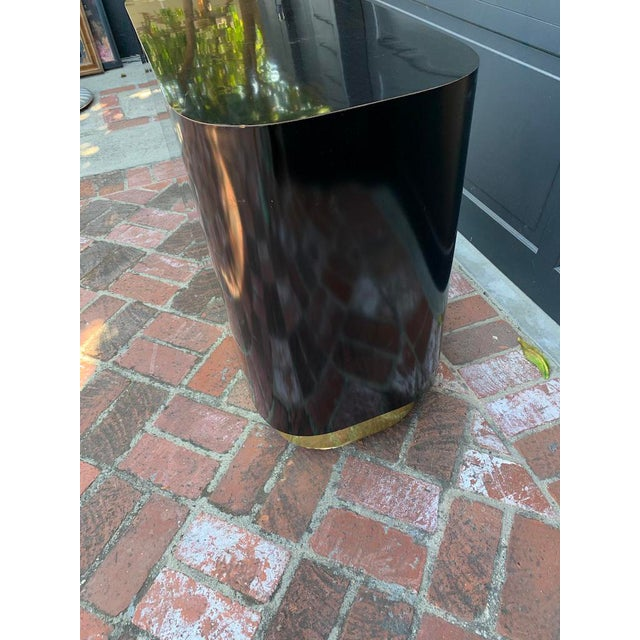 Contemporary 20th Century Contemporary Black Oval Block Side Table With Brass Base For Sale - Image 3 of 8