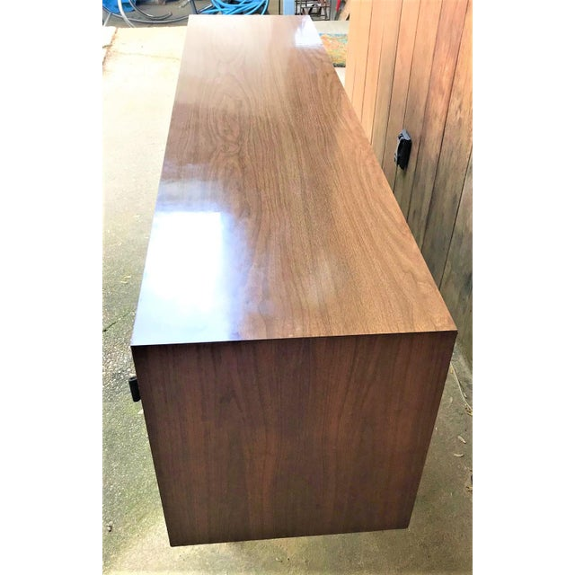 Mid-Century Modern 1960s Florence Knoll Walnut Sideboard For Sale - Image 3 of 9