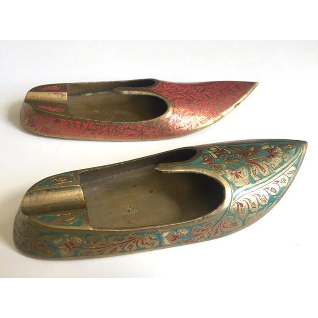Various Artists Vintage Mid Century India Cast Brass Incised Enamel Shoes Incense Burner Ashtrays - Set of 2 For Sale - Image 4 of 13