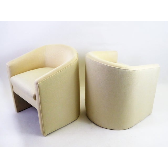 Fabric Pair of Barrel Back Tub Chairs in White and Gold Weave Fabric, 1960s For Sale - Image 7 of 13