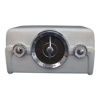 1950s Vintage Crosley Radio For Sale