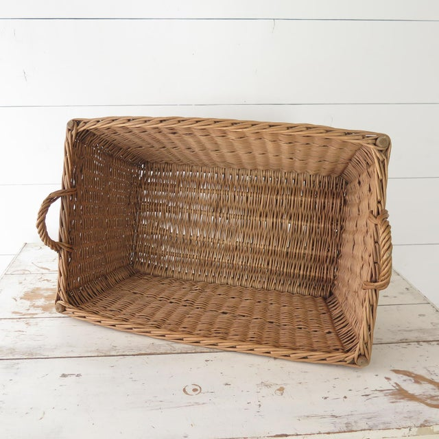 Vintage French Laundry Basket For Sale - Image 5 of 8