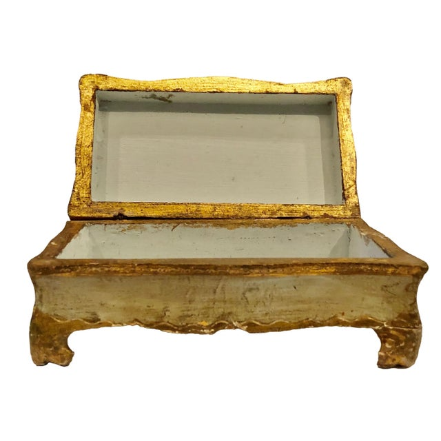 Antique Gold Turn of the Century Florentine Box For Sale In Tampa - Image 6 of 9
