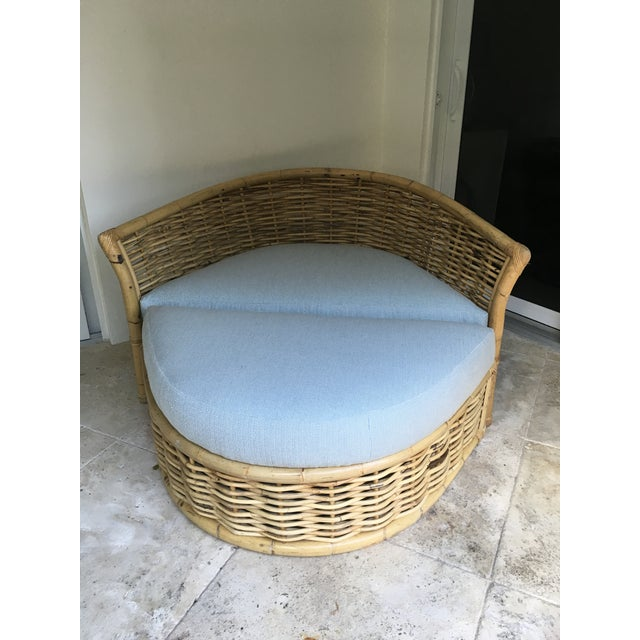 Vintage Rattan Lounger and Ottoman For Sale In West Palm - Image 6 of 7