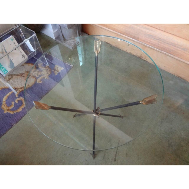 1960's Italian Gio Ponti Style Iron and Brass Arrow Table For Sale In Houston - Image 6 of 10