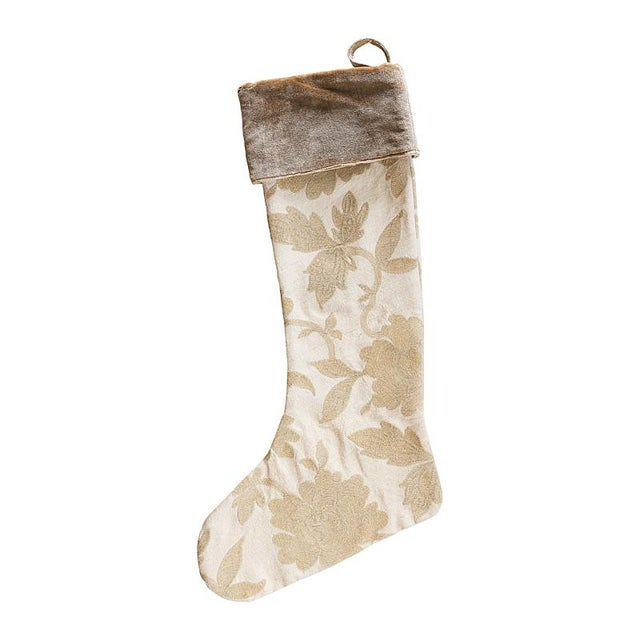 Traditional Schumacher Moon Garden Stocking in Champagne For Sale - Image 3 of 3