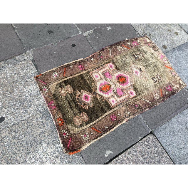 1960s 1960s Vintage Distressed Rug- 1′8″ × 2′10″ For Sale - Image 5 of 6