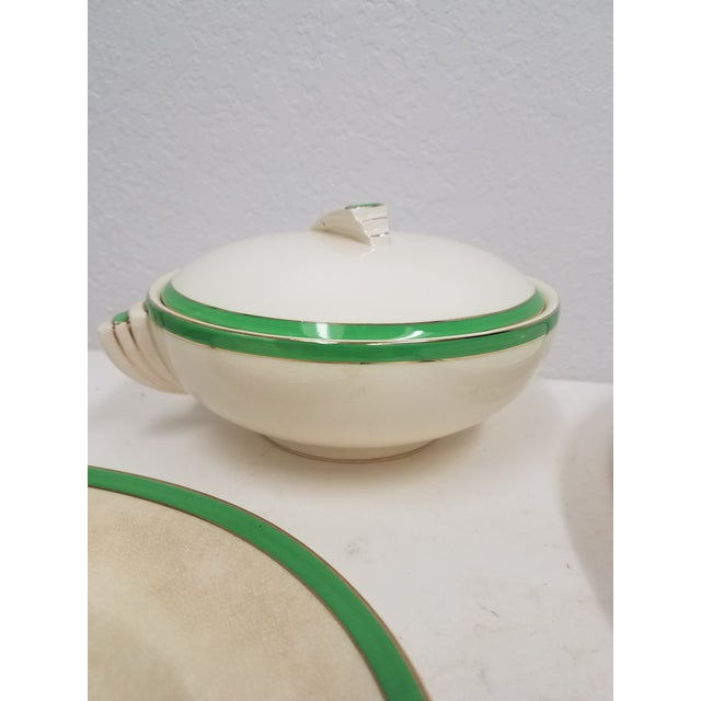 1910s Antique Wedgwood Art Deco Serving Platters and Bowls - Found in Devon For Sale - Image 5 of 12