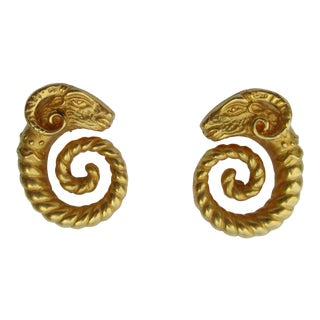 Jaded Gilt Coiled Rams Heads Earrings For Sale