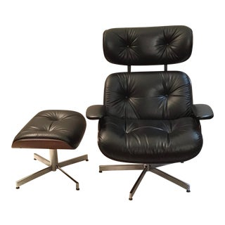 Vintage Mid Century Modern Eames Style Lounge Chair & Ottoman For Sale