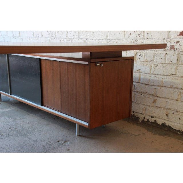 Gray George Nelson for Herman Miller L-Shaped Executive Desk, 1950s For Sale - Image 8 of 13
