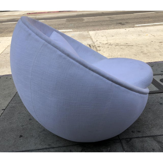 "1980s Stunning ""Egg"" Swivel Chair by Milo Baughman for Thayer Coggin For Sale - Image 5 of 11"
